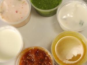 6 njushi Fingerfood Dips sicher verschlossen