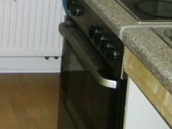 Arbeitsplatte der alten Küche musste gestückelt werden