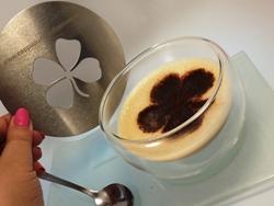 Individuelle Cappuccino Schablone