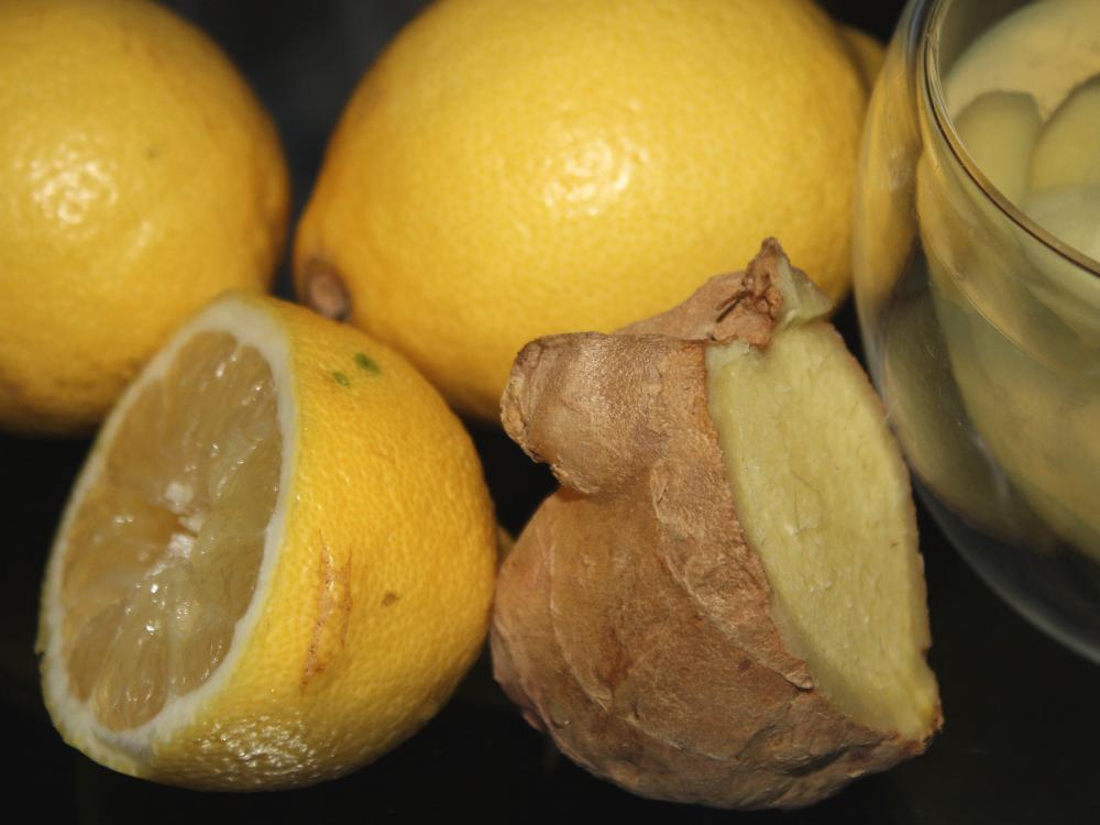 Zutaten für Ingwertee mit Zitrone