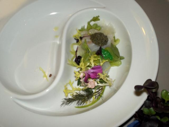 HOT & COLD Sashimi vom Rotbarsch & vegetarischer Kaviar von Heiko Antoniewicz